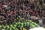 ஸ்காட்லாந்தில் கைதான 2 இந்தியர்கள் ; உள்ளூர் மக்கள் போராட்டத்தால் விடுதலை