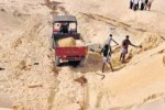 ஆறுகளில் மீண்டும் மணல் குவாரிகள்: மூன்று நிறுவனங்கள் ரகசியமாக தேர்வு