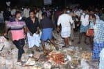 லாரி மோதி சுவர் இடிந்தது:  பொள்ளாச்சியில் 6 பேர் காயம்