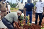 ஆத்தூர் அரசுக்கல்லூரி வளாகத்தில் புதிதாக 'அடர்வனம்':பறவைகள் வாழ்விடத்துக்கு 1,225 மரக்கன்றுகள் நடவு