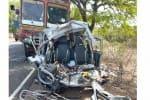 காங்கேயம் அருகே லாரி-வேன் மோதல்: சேலத்தைச் சேர்ந்த 3 பேர் பலி