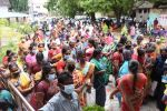 இலவச வீடு கேட்டு மனுக்களோடு திரண்ட மக்கள்: ஏமாற்று பேர்வழிகள் மீது நடவடிக்கை தேவை