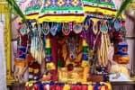 சிசெல்ஸ் கோவிலில் 'தினமலர்' நாளிதழுக்காக பிரார்த்தனை