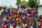 மின் மோட்டார் பழுது: கிராம மக்கள் மறியல்