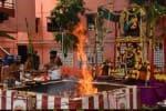சத சண்டி மகா ஹோமத்தில்  6ம் நாள் கவுமாரி அம்மன் அலங்காரம்