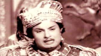 நாடோடி மன்னன்